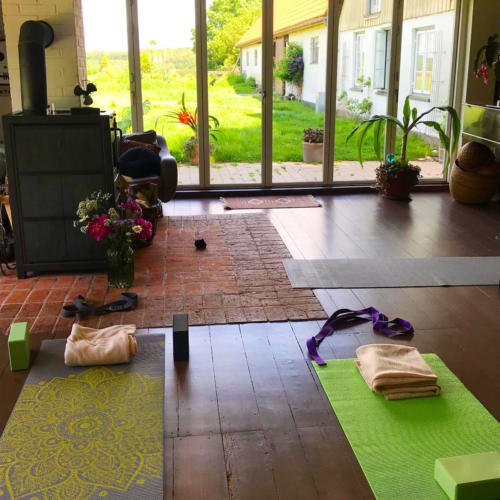 Yoga retreat studio (1)